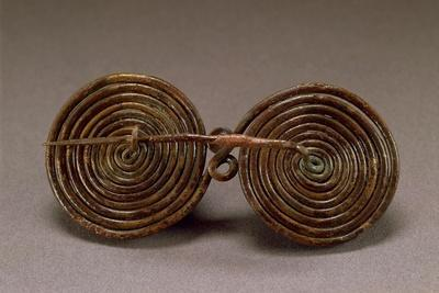 https://imgc.artprintimages.com/img/print/double-spiral-bronze-fibula_u-l-poykz80.jpg?p=0