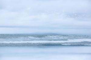 Arctic Waves by Doug Chinnery