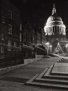 St. Pauls of London by Doug Chinnery