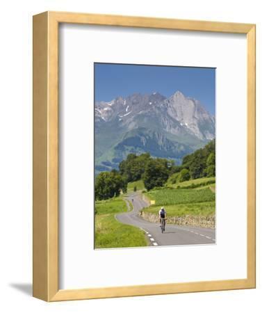 Cyclists, Grange Sous La Neige, Midi-Pyrenees, France