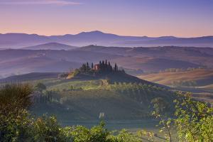 Iconic Tuscan Farmhouse, Val D' Orcia, UNESCO World Heritage Site, Tuscany, Italy, Europe by Doug Pearson