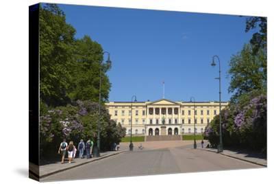Royal Palace (Slottet), Oslo, Norway, Scandinavia, Europe