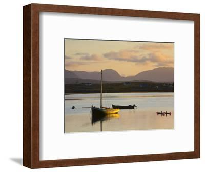 Traditional Galway Hooker, Roundstone Harbour, Connemara, Co, Galway, Ireland