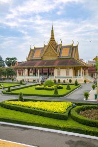 Beautiful Cambodian Architecture. Phnom Penh, Cambodia by Douglas Peebles