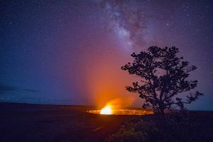 Milky Way, Halemaumau, Crater, Kilauea Volcano, Hawaii Volcanoes National Park, Hawaii by Douglas Peebles
