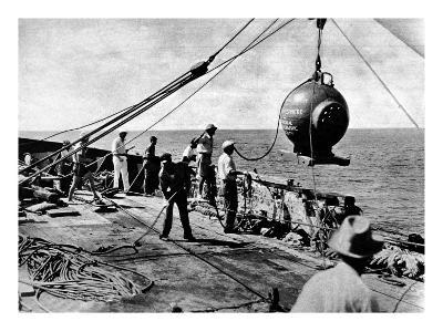 Dr. Beebe's Bathysphere, August 1934--Giclee Print