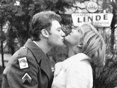 Johnny Hallyday Kissing Sylvie Vartan