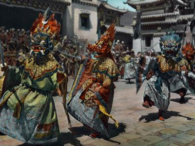 Balden Lhamo Leads the Bowa in Protecting Yama, the King of Hell