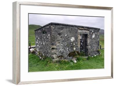 Dr Macleans Tomb, Kilmuir Graveyard, Skye, Highland, Scotland-Peter Thompson-Framed Photographic Print