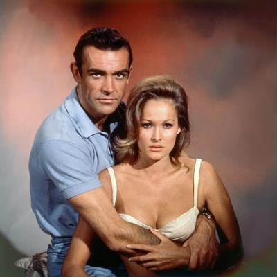 https://imgc.artprintimages.com/img/print/dr-no-1962-directed-by-terence-young-sean-connery-ursula-andress_u-l-pjuejl0.jpg?p=0