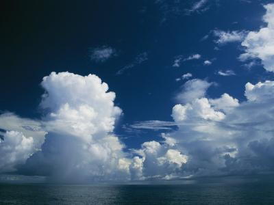 Dramatic Cloud-Filled Sky over the Vast Pacific Ocean-Todd Gipstein-Photographic Print