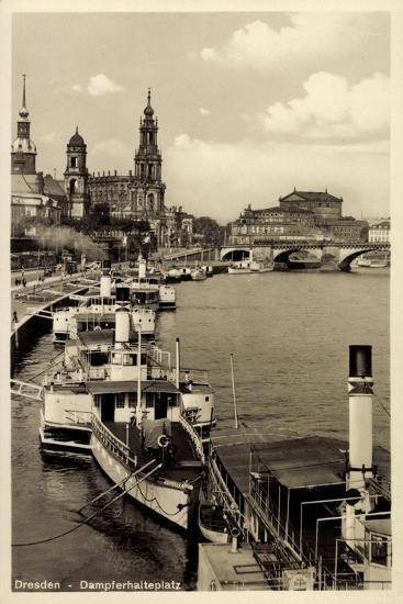 Dresden, Stadtblick, Dampfer Pillnitz, Kirche,Brücke--Giclee Print