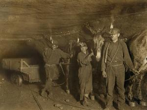 Drivers and Mules with Young Laborers in a West Virginia Coal Mine. October 1908