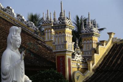 Du Hang Pagoda Temple, Hai Phong, Vietnam--Giclee Print