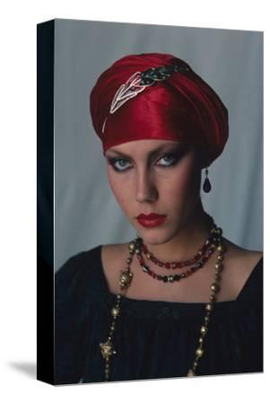 Vogue - December 1976