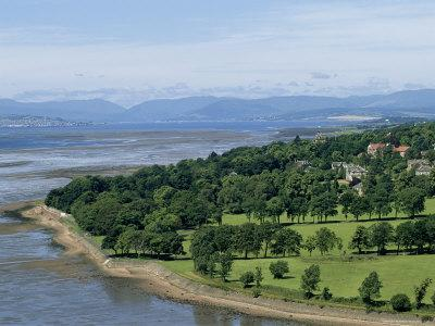 https://imgc.artprintimages.com/img/print/dumbarton-castle-on-the-north-shore-of-the-river-clyde-dunbartonshire-uk_u-l-p1v6uh0.jpg?p=0