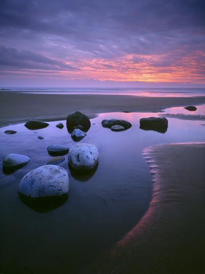 Dunraven Bay-Joe Cornish-Photographic Print