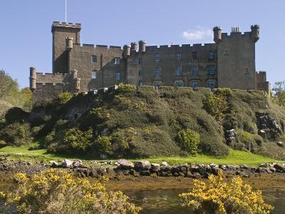 Dunvegan Castle, Skye, Inner Hebrides, Scotland, United Kingdom, Europe-Rolf Richardson-Photographic Print