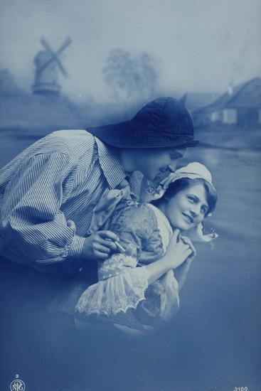 Dutch Couple--Photographic Print