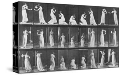 Album sur la décomposition du mouvement:Animal Locomotion: femme versant de l'eau