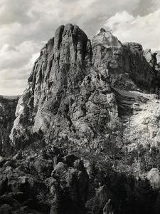 Early Carving on Mount Rushmore