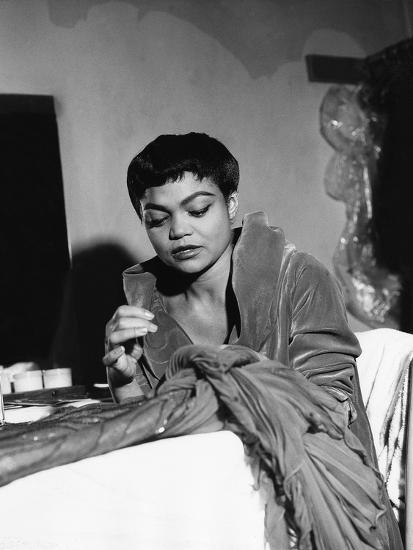 Eartha Kitt - 1959-Isaac Sutton-Photographic Print