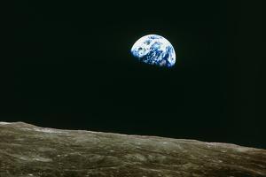 Earthrise Over Moon, Apollo 8
