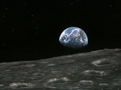 Earthrise Photograph, Artwork-Richard Bizley-Photographic Print