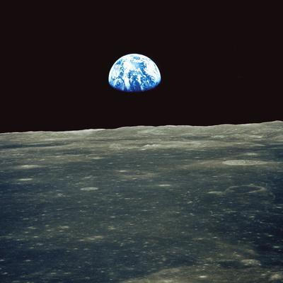 https://imgc.artprintimages.com/img/print/earthrise-photographed-from-apollo-11-spacecraft_u-l-pl0z7k0.jpg?p=0