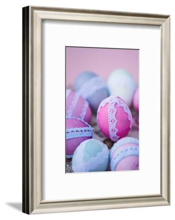 Easter decoration, plate, eggs, lace, detail, blur, close up,-mauritius images-Framed Photographic Print