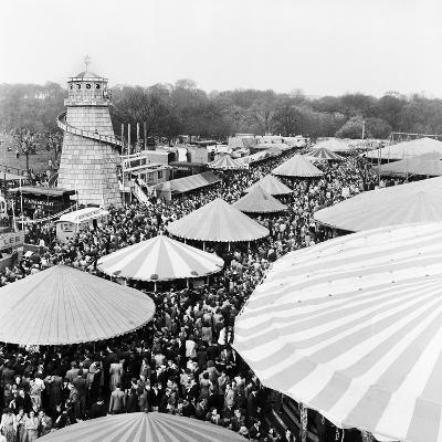 Easter Fair, Hampstead Heath, 1952-Henry How-Photographic Print