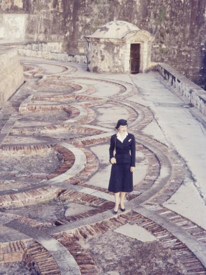 Eastern Airlines Stewardesses in Puerto Rico-Joe Scherschel-Photographic Print