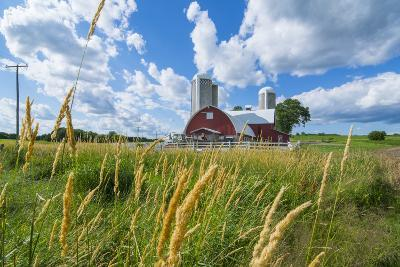 Eau Claire, Wisconsin, Farm and Red Barn in Picturesque Farming Scene-Bill Bachmann-Photographic Print