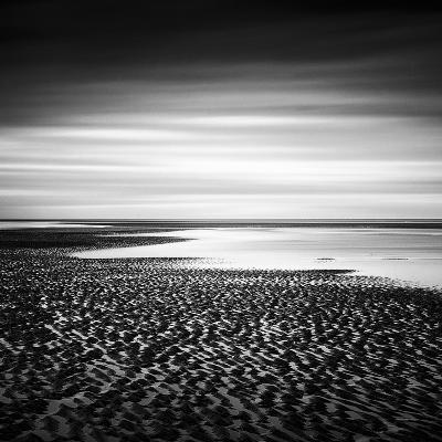 Ebbing Horizon-Steve Docwra-Giclee Print