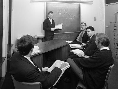 Economics Tutorial, Sheffield University, Sheffield, South Yorkshire, 1967-Michael Walters-Photographic Print