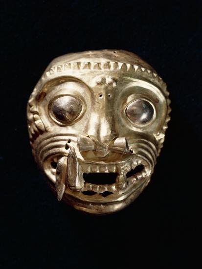 Ecuador, Pre-Columbian Civilization, Goldsmithery, Golden Pectoral in Shape of Feline--Giclee Print