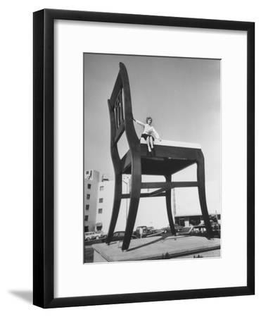 19 Ft. Chair Being Used as an Advertising Stunt