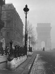 View Showing the Arc de Triomphe and the Subway Station by Ed Clark