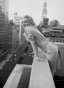 Marilyn Monroe at the Ambassador Hotel by Ed Feingersh