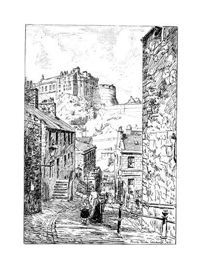 Edinburgh Castle as Seen from the Vennel, 1911-1912--Giclee Print
