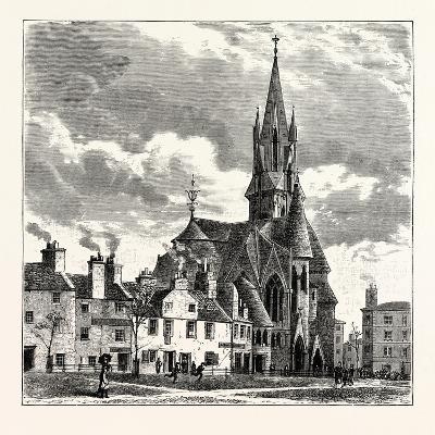 Edinburgh: Wright's Houses and the Barclay Church from Bruntsfield Links--Giclee Print