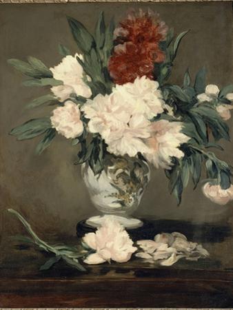 Vase de pivoines sur piédouche by Edouard Manet