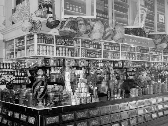 Edw. Neumann, Broadway Market, Detroit, Mich.--Photo