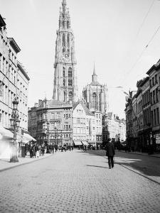 Antwerp, Belgium, 1930 by Edward Hungerford