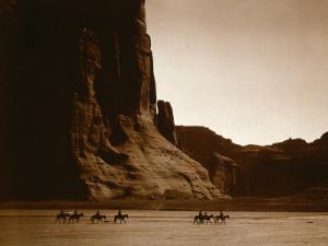 Canyon de Chelly, Navajo by Edward S^ Curtis