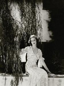 Vanity Fair - July 1933 by Edward Steichen