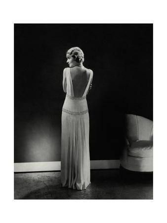 Vogue - January 1933 - Constance Bennett