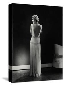 Vogue - January 1933 - Constance Bennett by Edward Steichen