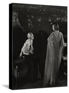 Vogue - July 1931 by Edward Steichen