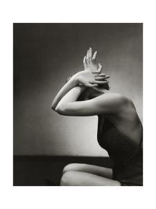 Vogue - June 1934 - Model Mannequin by Edward Steichen